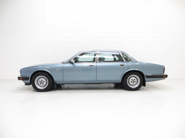 For sale Jaguar XJ40 Sovereign