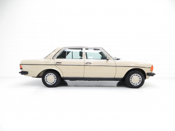 For sale mercedes benz w123 230e auto for Mercedes benz w123 for sale