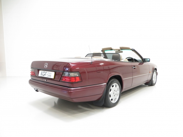 For sale mercedes benz w124 e220 cabriolet for Mercedes benz w124 for sale