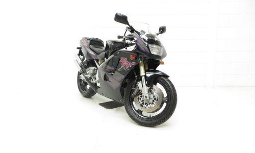Suzuki RGV250P VJ22