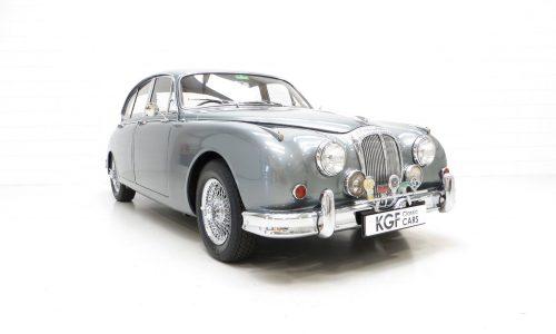 Daimler 2.5 Litre 250 V8
